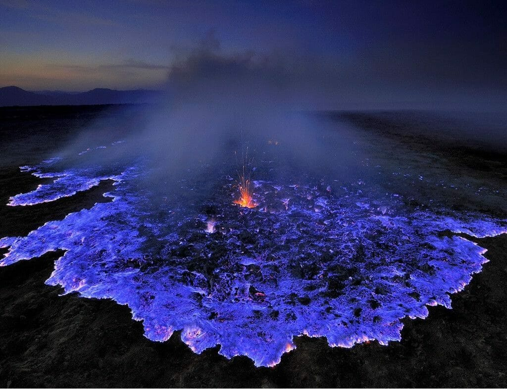 4 Days Bromo Ijen Crater Blue Flame Travel Package ijen blue flame