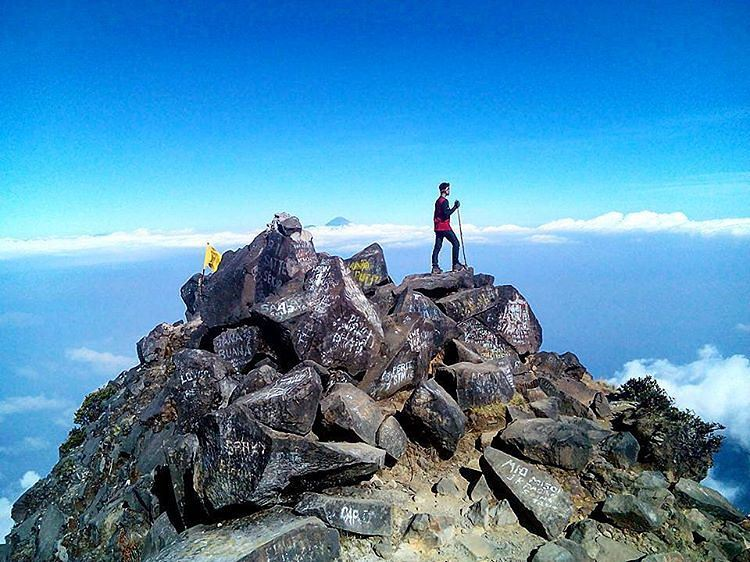 East Java, Surabaya mountain trekking and hiking trails_Arjuno