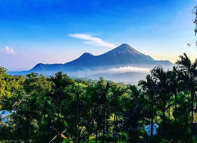 East Java, Surabaya mountain trekking and hiking trails_Penanggungan mountain 1