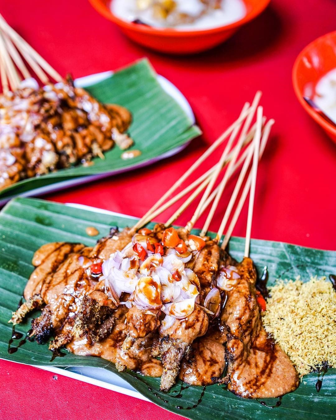 Best Surabaya restaurants & food you must try_nasi empal pengampon sate