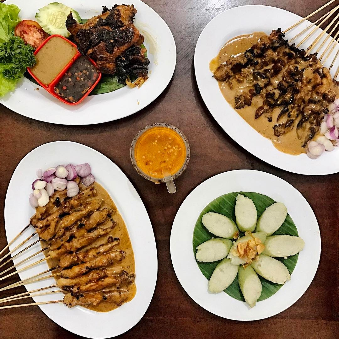 Best Surabaya restaurants & food you must try_sate lisidu 2
