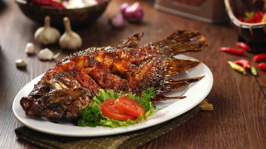Best Surabaya restaurants & food you must try_Primarasa Resto ikan bakar